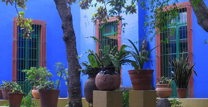 Mexiko - Ein typisches Haus ist voll Farben, Drama , Leidenschaft und Lachen.