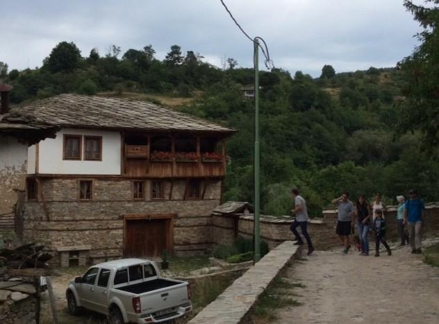 Baba und ihr neues Haus